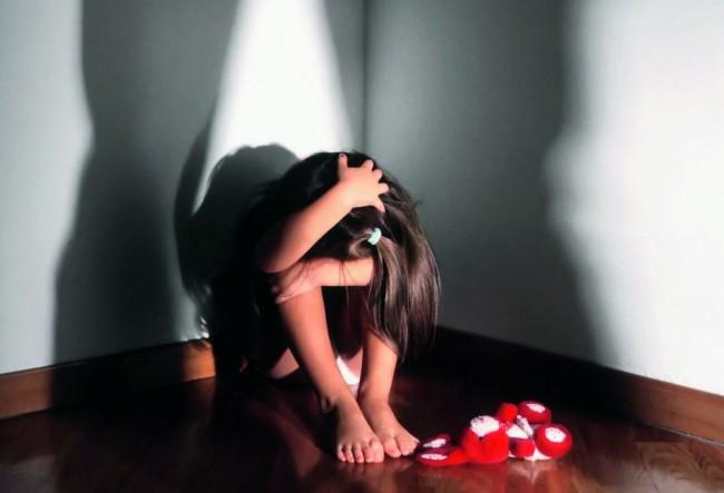 violenza-bambini-1-1024x698